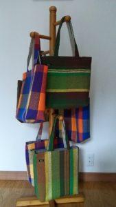手作りのさをり織バッグ